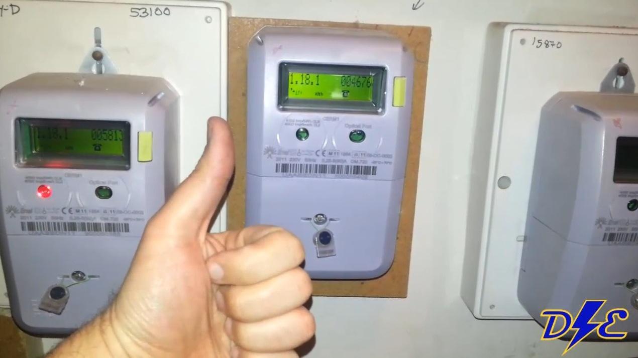 No tengo luz en casa contador digital apagado domo electra for Manipular contador luz digital