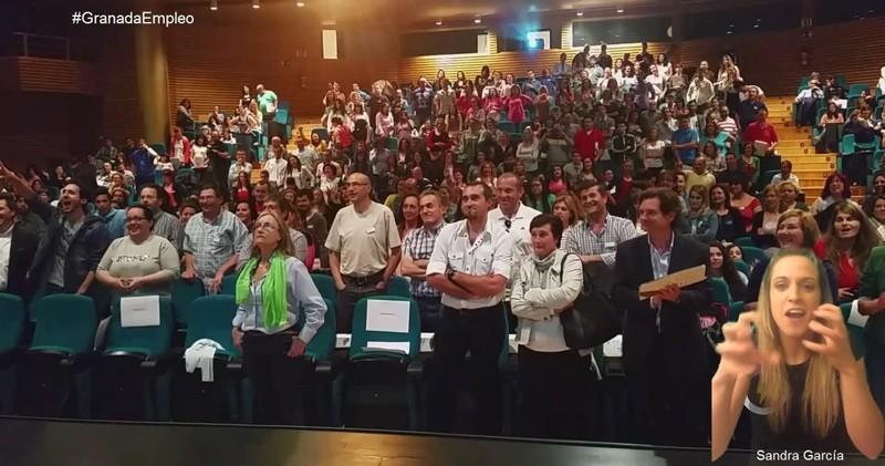 granada-empleo-dos-manuel-amate-ponencia-generen-publico-en-pie