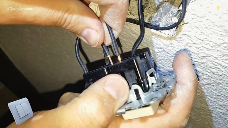 electricista_interruptor_doble_manuel_amate_domo_electra_electricidad