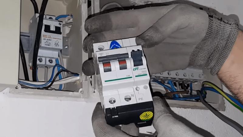 protector-sobretensiones-v-check-cirprotec-25A-domo-electra-instalaciones