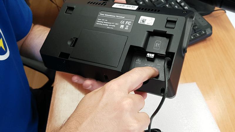 control-horario-instalar-oficina-empresa-domo-electra-electricistas-granada