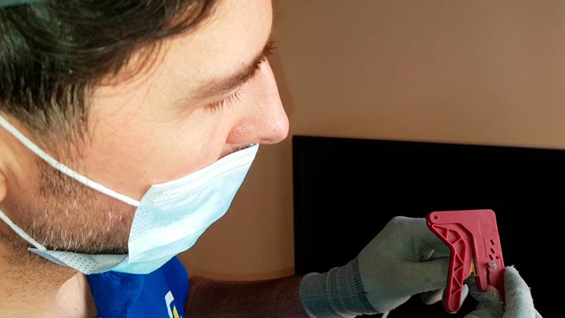 cortar-fibra-optica-plastica-actelser-procedimiento-domo-electra